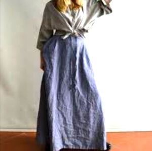 Max studio 100% Linen, maxi skirt size small